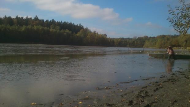 Výlov rybníka Vlhlavský se uskuteční od 18.11. do 19.11.2013. Rybník se nachází v katastru obce Vlhlavy. Výměra 105 ha. Návštěvníky upozorňujeme, že z technických důvodů může dojít ke změně plánovaného […]